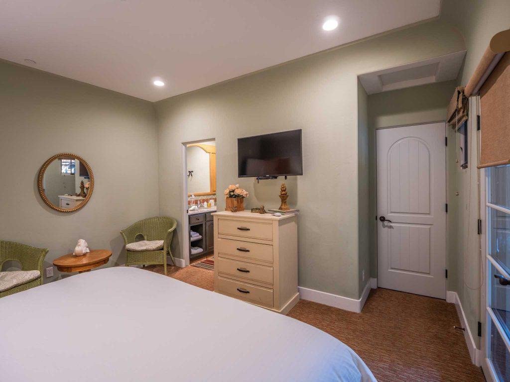 Dove Suite in the Su Nido Inn